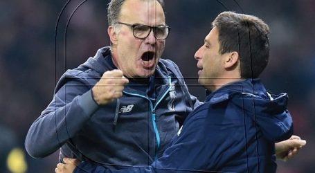 """Arquero del Leeds: """"Bielsa es la pieza fundamental de todo este éxito"""""""