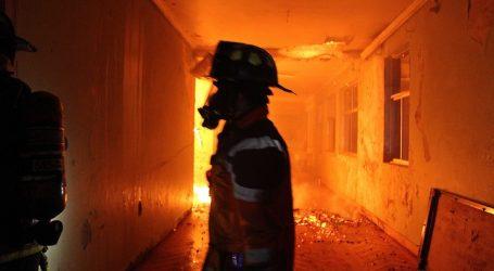 Incendio consumió internado en Lanalhue tras ataque incendiario en Cañete