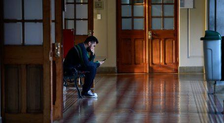 Junaeb se refirió a suspensión de pagos a estudiantes por Beca Indígena