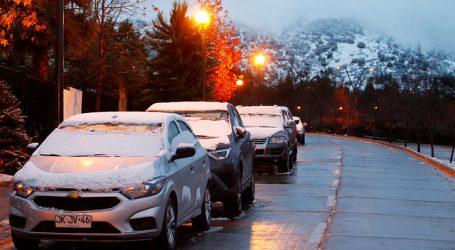 Reportan caída de nieve en Lo Barnechea
