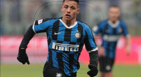 Europa League: Alexis preocupa al sentir tirón en avance del Inter a semifinales