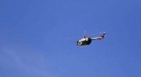 En arriesgada maniobra helicóptero de Carabineros rescata  2 excursionistas