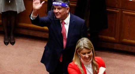 Marcela Sabat y Claudio Alvarado juraron como senadores de RN y la UDI