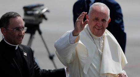 """Papa Francisco: """"Sólo sin armas nucleares puede el mundo aspirar a la paz"""""""