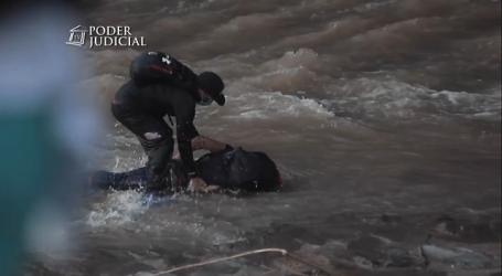 Madre de menor que cayó al río: Nadie tiene derecho a hacerle lo que le hicieron