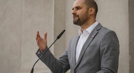 """Gobierno pide manifestaciones """"seguras"""" ante aniversario por estallido social"""