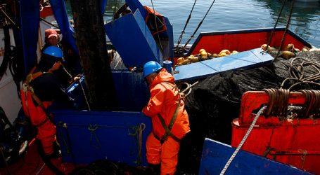 ASIPES preocupada por gran flota pesquera extranjera que se aproxima a Chile