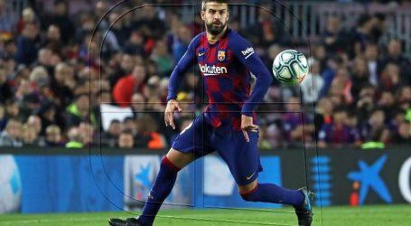 Sufre el Barça: Gerard Piqué presenta un esguince en la rodilla derecha