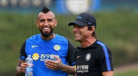 Periodista italiano habla de un quiebre entre Antonio Conte y Arturo Vidal