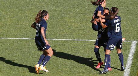 Campeonato Femenino: La 'U' abrochó el liderato de su grupo con goleada
