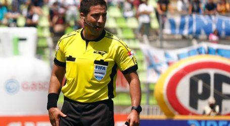 Eduardo Gamboa arbitrará el clásico entre la UC y Colo Colo en San Carlos