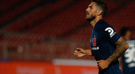 """Joaquín Larrivey: """"Me encantaría quedarme en la 'U'. Estoy feliz jugando aquí"""""""