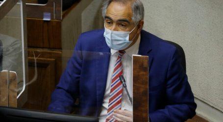 """Chahuán pide al Gobierno poner fin a """"inflexibilidad"""" por impuestos del 10%"""