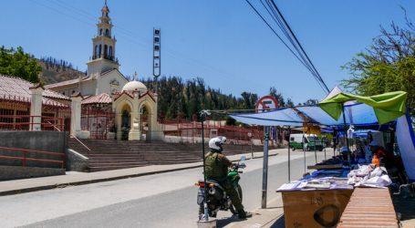 Peregrinos acuden al santuario Lo Vásquez pese a restricciones
