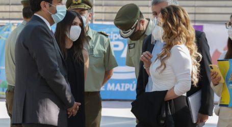 Ministro Delgado se reunió con alcaldesa Barriga tras balacera en Maipú
