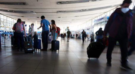 Tráfico aéreo registra histórica caída de 64% durante 2020 por la pandemia