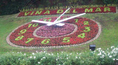 Municipio de Viña del Mar reinstala manecillas en el Reloj de Flores