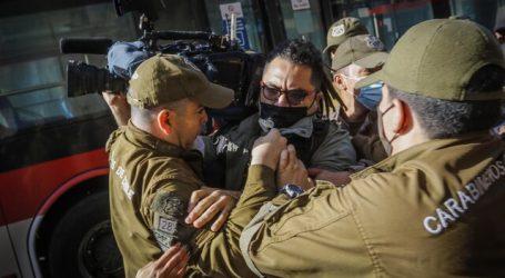 9 detenidos dejó protesta de la ACES en el frontis del Mineduc
