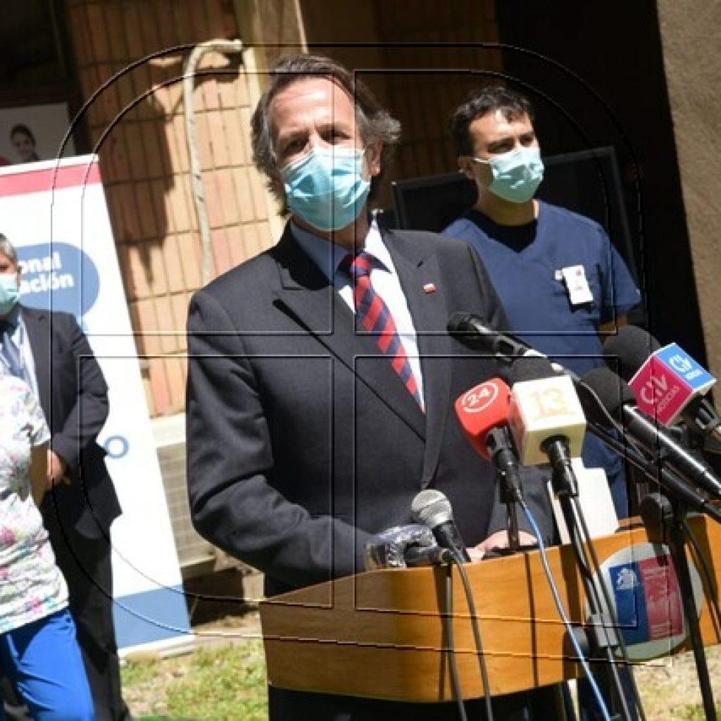 Dougnac constató inició de vacunación contra el COVID-19 en Los Ríos