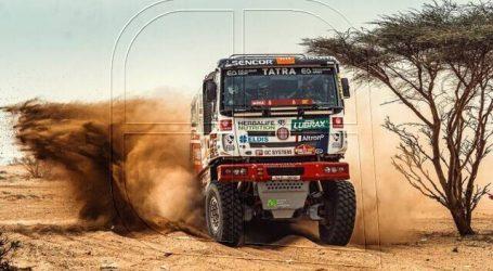 Dakar: Ignacio Casale escaló al noveno lugar de la tabla general en camiones