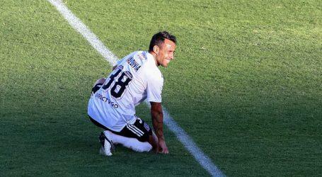 Jorge Valdivia sufre edema en el gemelo y se perderá el Superclásico