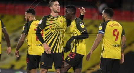 Championship: Sierralta jugó en victoria de Watford sobre Preston North End
