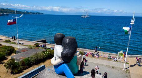 """Buque Escuela """"Esmeralda"""" recaló tras 40 años en Puerto Montt"""