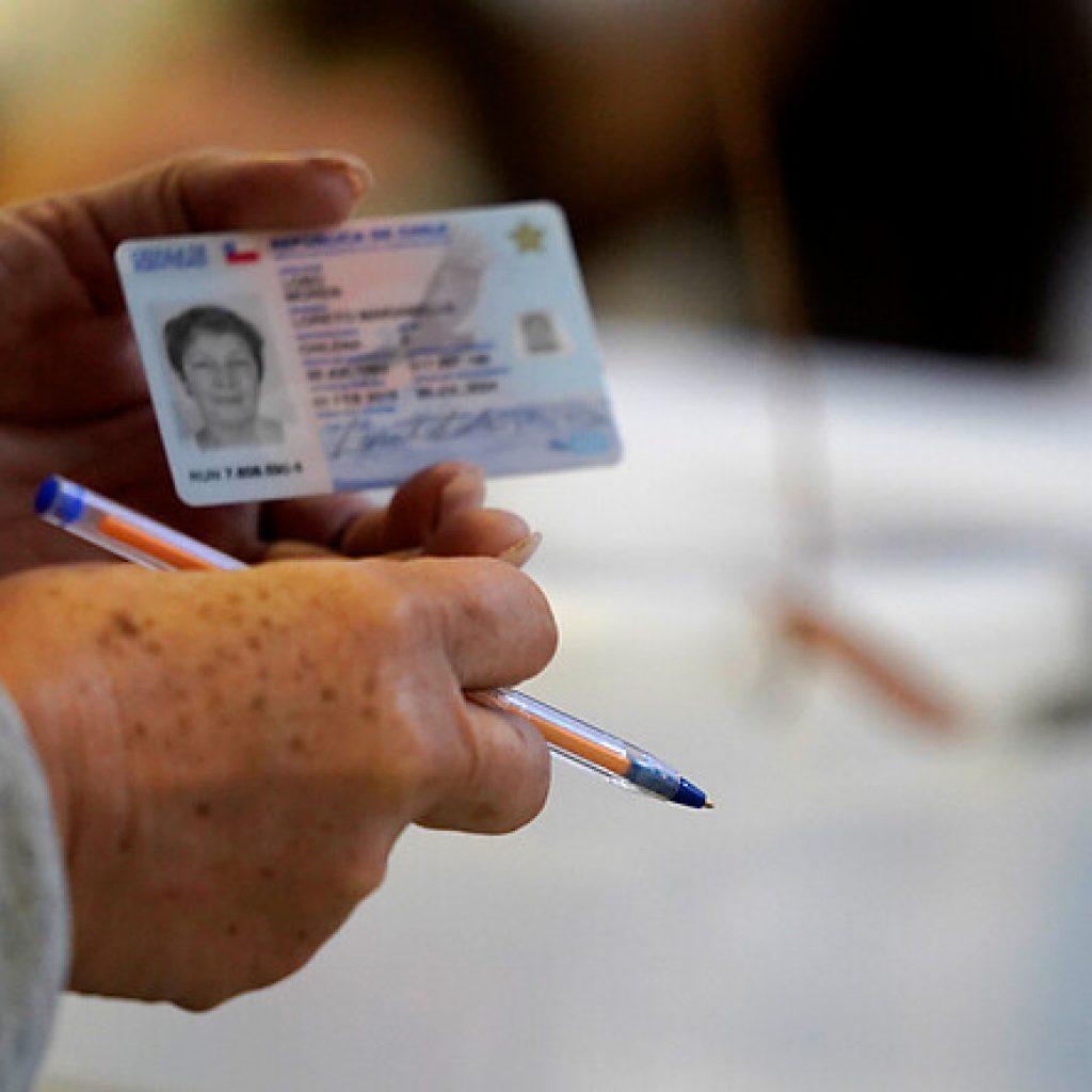 Gobierno emite decreto para extender vigencia de las cédulas de identidad