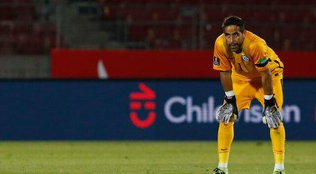 Claudio Bravo utilizará ante Bolivia el número 22 en homenaje a Mario Osbén