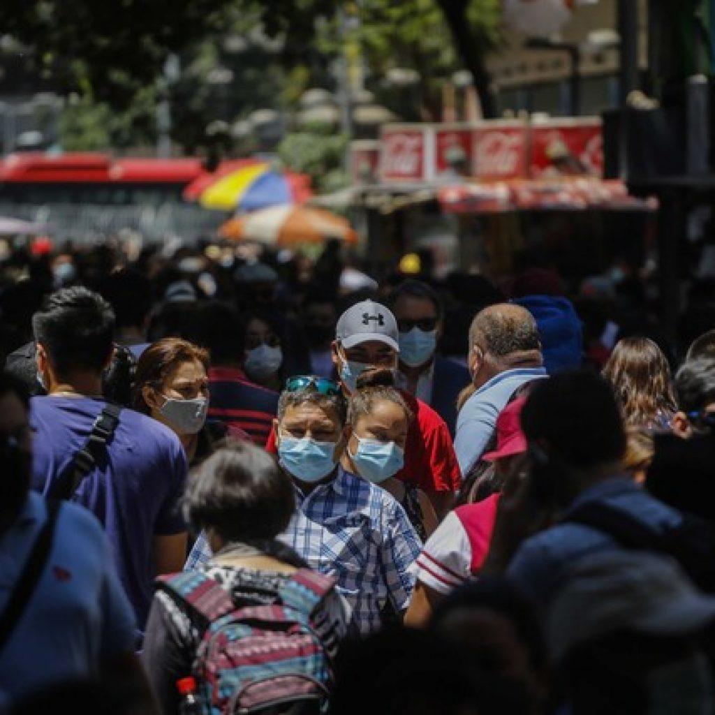 12 comunas de la Región Metropolitana retroceden a Transición
