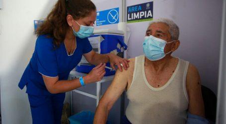 Chile alcanza los 4,5 millones de personas vacunadas contra el Covid-19