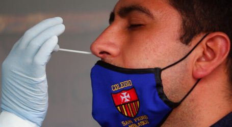 Subsecretaria Daza inauguró vacunatorio móvil en la región de Valparaíso