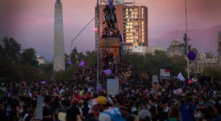 8M: Carabineros reportó un total de 84 detenidos y 8 funcionarios heridos