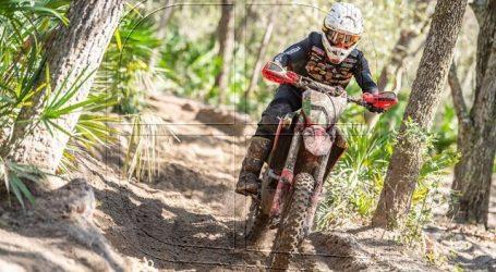 GNCC: Ruy Barbosa cae en un río y cruza la meta 11° en Estados Unidos