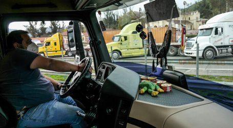 Ministra de Transportes y CNDC dialogan por camioneros varados en Argentina