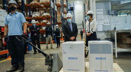 Este jueves llegó un cargamento con 234 mil vacunas Pfizer-BioNTech