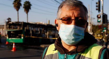 Encapuchados queman bus del Transantiago en Pedro Aguirre Cerda