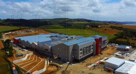 Santana destacó avances de los nuevos hospitales de Ancud y Quellón