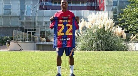 Ansu Fati viajó a Portugal para tratar su lesión de rodilla