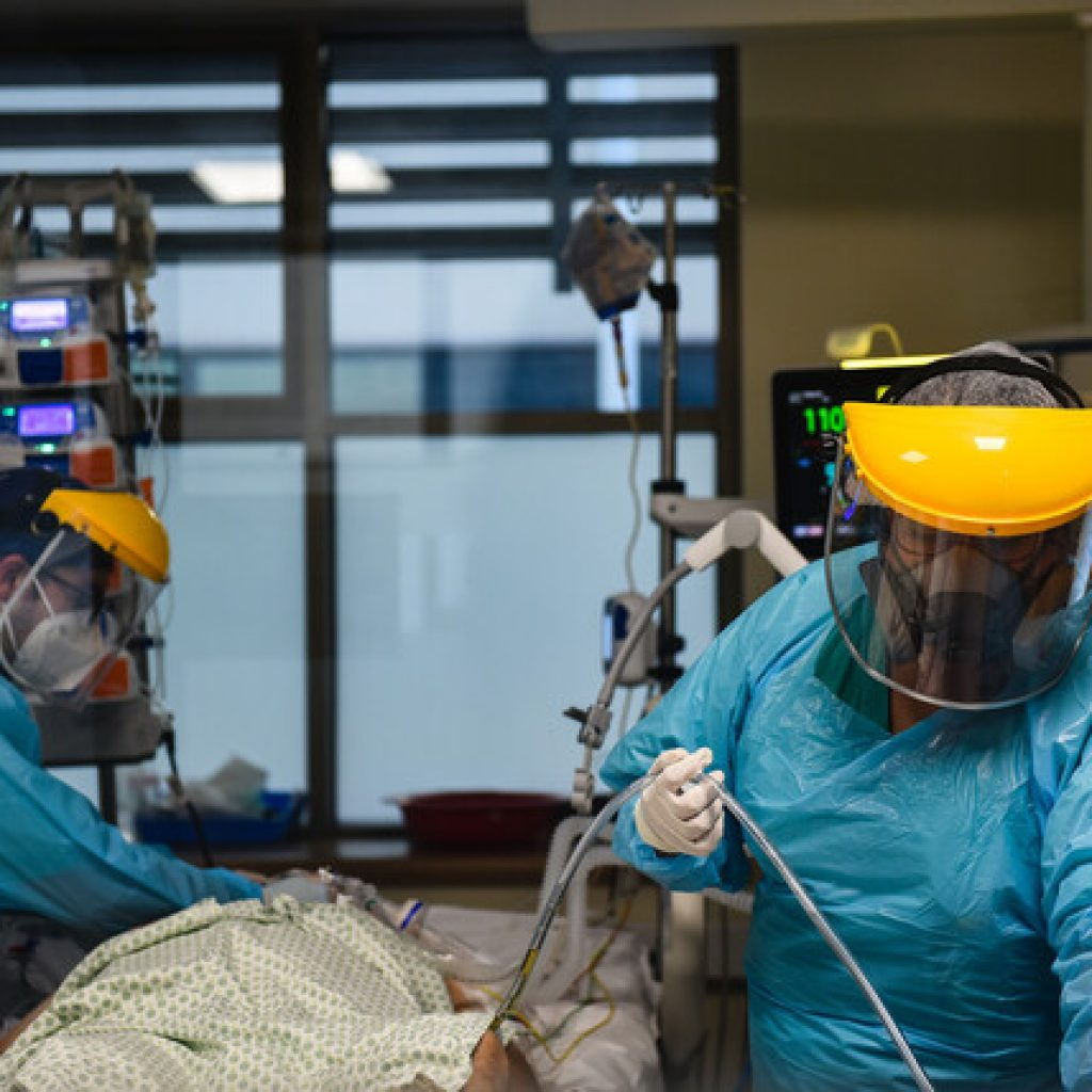 Ministerio de Salud reportó 6.574 casos nuevos de COVID-19 en el país