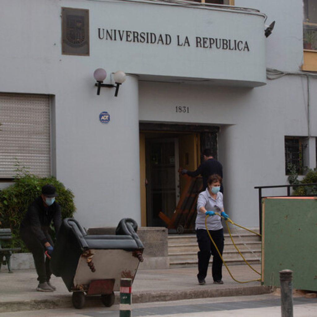 """Navarro por cierre de Universidad La República: """"Decisión me parece arbitraria"""""""