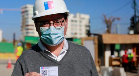 Realizan operativo de vacunación a trabajadores de Autopista Vespucio Oriente