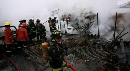Incendio en Puente Alto deja una niña fallecida y otra en estado grave