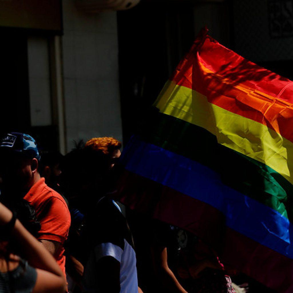 Movilh aplaude suma urgencia del Gobierno al Matrimonio Igualitario