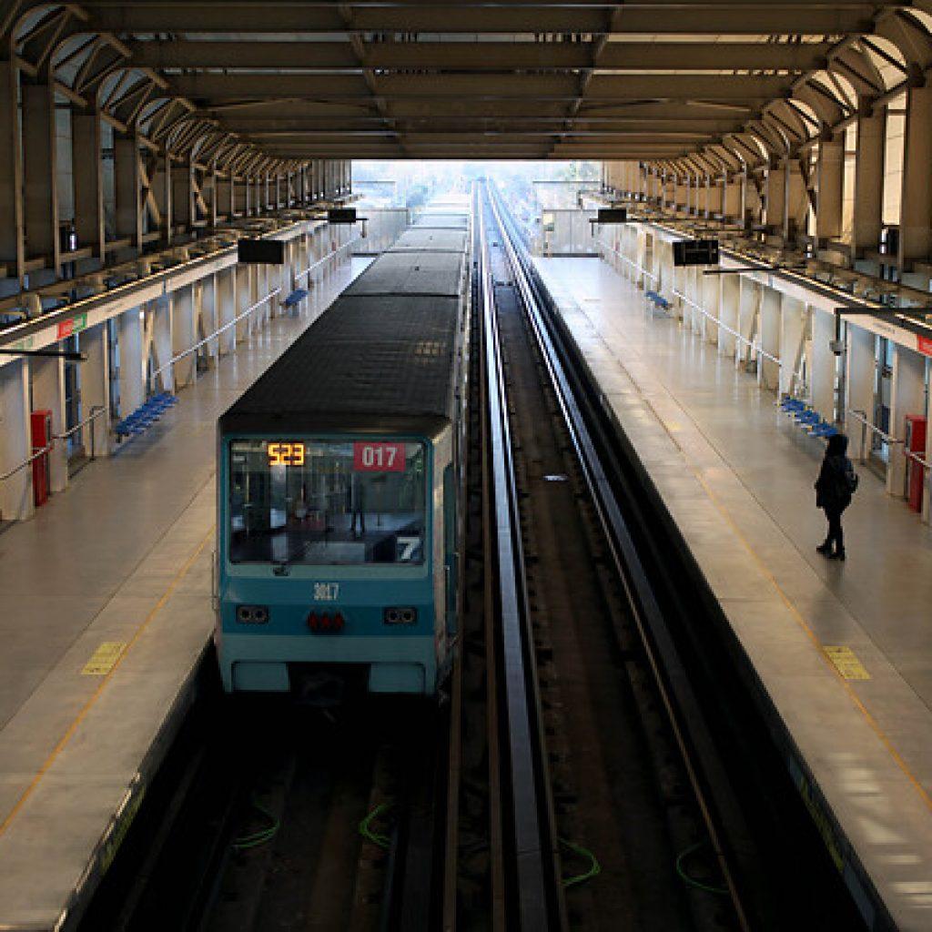 Servicio del Metro está suspendido en 8 estaciones de Línea 5