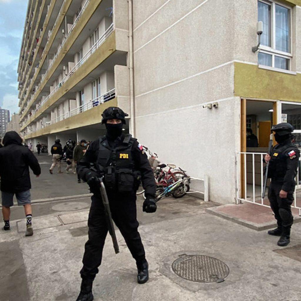 Operativo antidrogas de la PDI deja más de 20 detenidos en Lo Barnechea