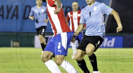 Suspenden a árbitros por gol mal anulado en duelo entre Uruguay y Paraguay