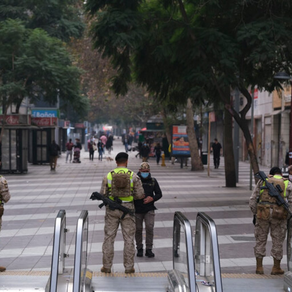 """""""Paso a Paso"""": Toda la Región Metropolitana retrocedió a cuarentena hoy"""