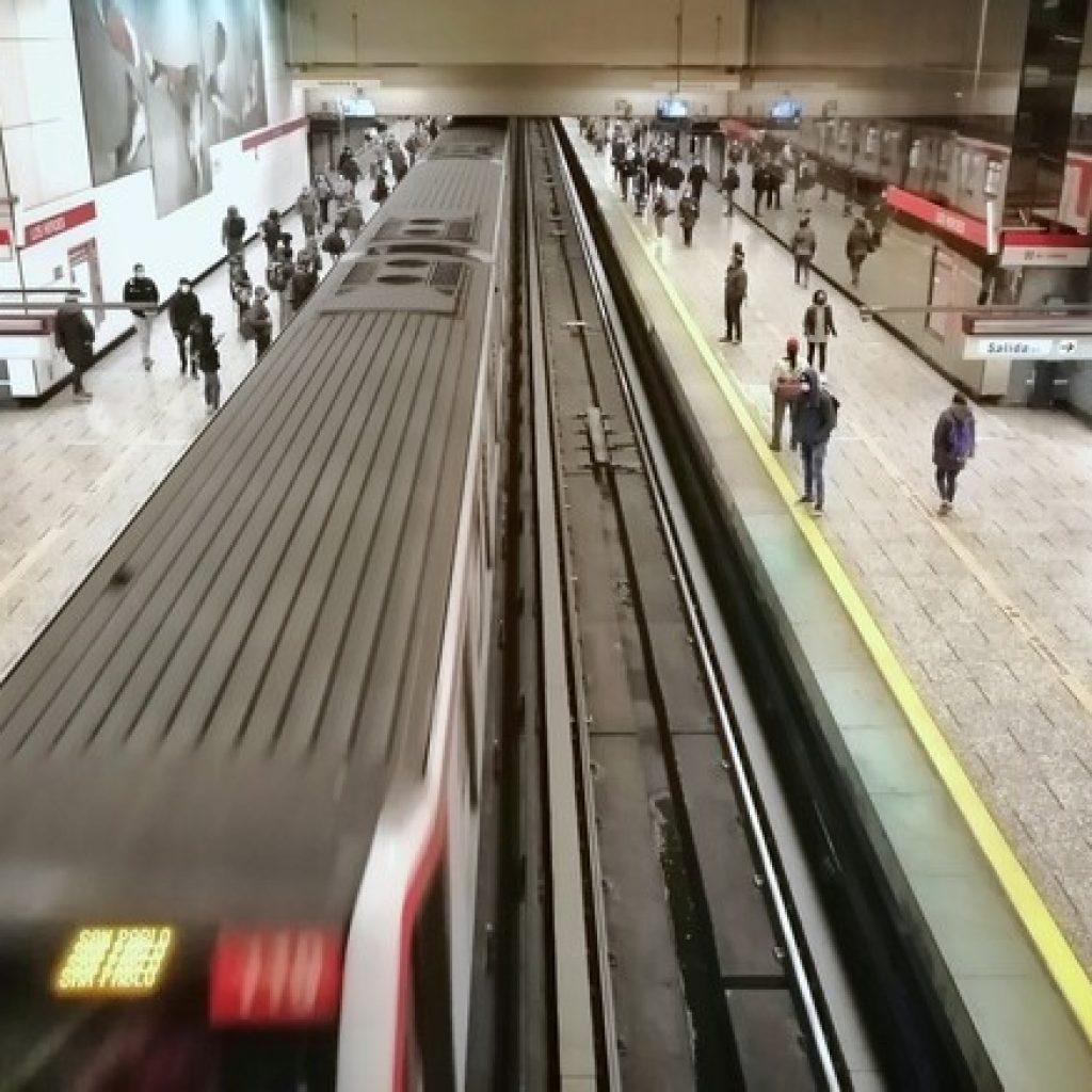 Restablecen servicio en Línea 5 del Metro tras suspensión por falla