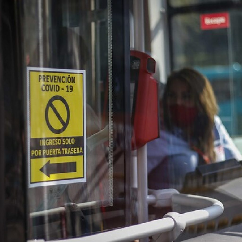 MTT suscribe contratos para fabricación de más de 2 mil buses para Santiago